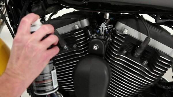 How to clean Harley engine fins